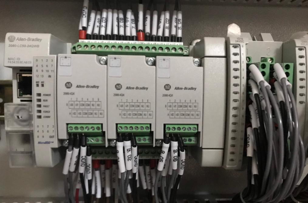 PLC MICRO850-LC50-24QWB